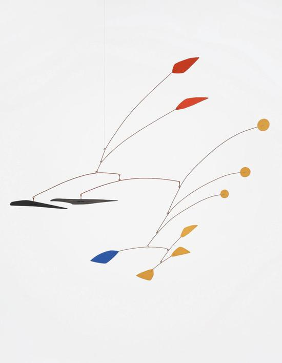 亚历山大·考尔德《Two RedPetals in the Air》(1958)。图片:致谢富艺斯