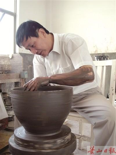 南宋官窑瓷器受到中外收藏家追捧
