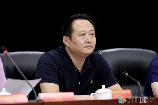 共青团河南省委统战联络部部长高博出席会议