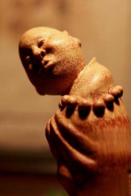 材质竹根  题目《小沙弥》尺寸20。5