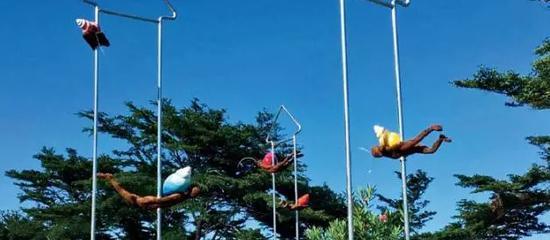 简俊成《蜗居》,设置地点:金樽游憩区(台11线 133K)