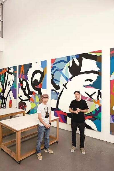 艺术家KAWS和UT创意总监NIGO