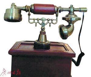 老式电话机受到部分收藏人士的喜爱