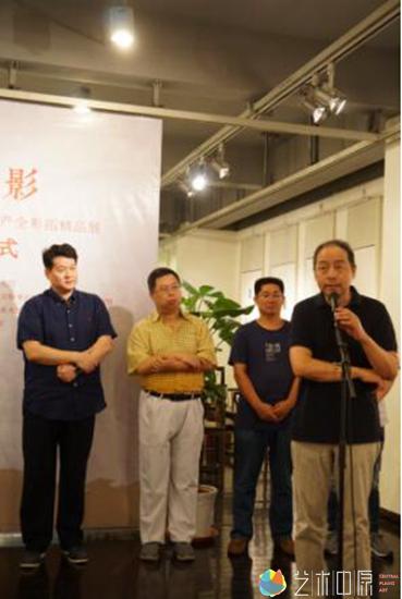 浙江省文化厅原副厅长、文物局局长著名书法家鲍贤伦先生致辞