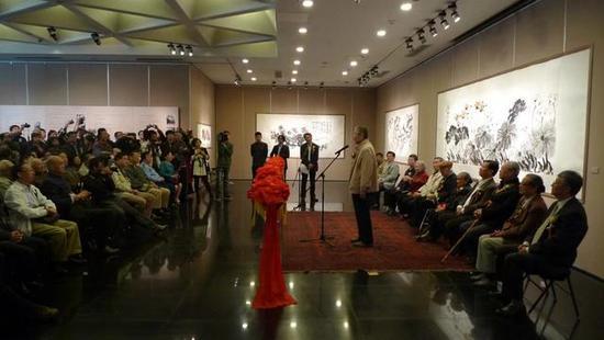 2010年,北京画院美术馆《写意人生 》 许麟庐书画展 开幕式