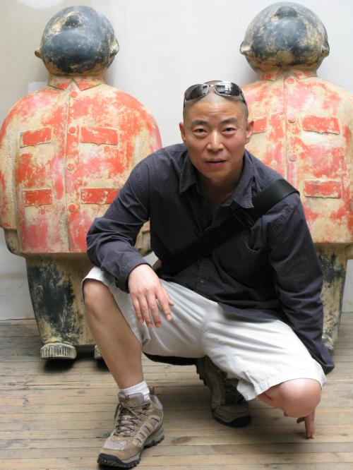 艺术家 朱伟
