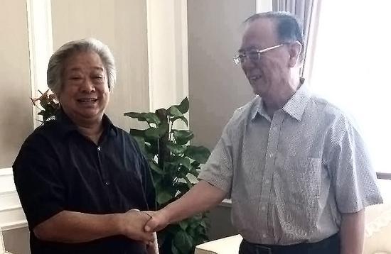 青岛市原副市长闵祥超深表欢迎