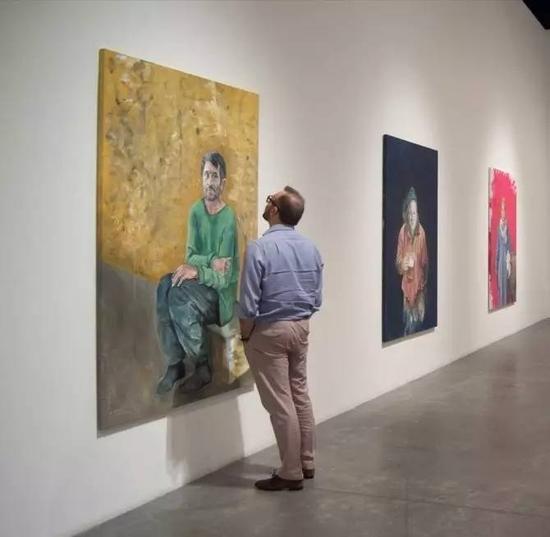 叙利亚艺术家阿卜杜拉·奥马利《脆弱》展览现场