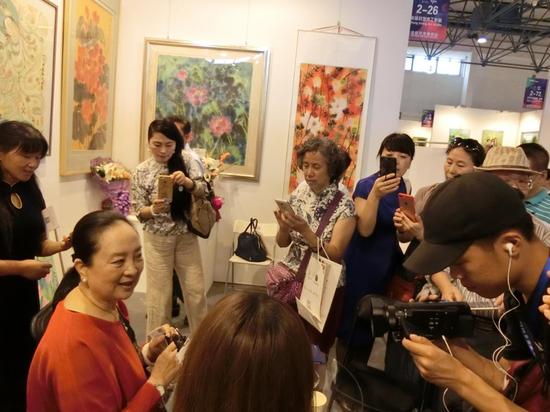2017北京艺博会现场参观观众