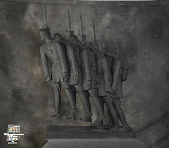 鲍海宁 升华的征程  2011年  50×102×138.5cm  中国美术馆藏