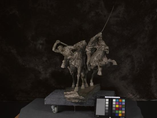 陈健  铁骑 2015年 铸铜 91.3×76×84.5cm  中国美术馆藏