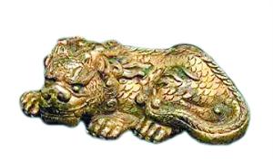 明 铜鎏金狻猊镇纸