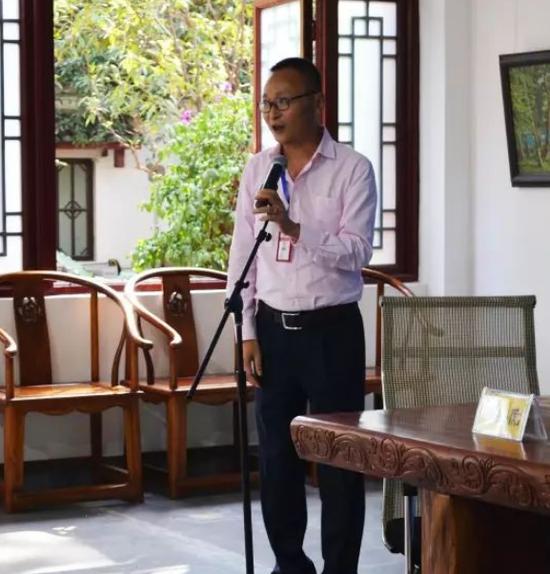 中广双文化产业总经理肖毅主持仪式