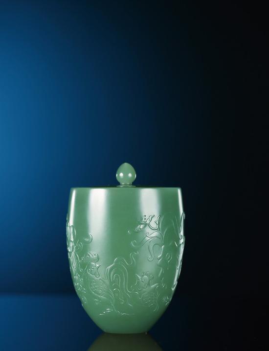 俞挺   碧玉羽阳千秋杯    7.5×5.2×5.2cm 138g