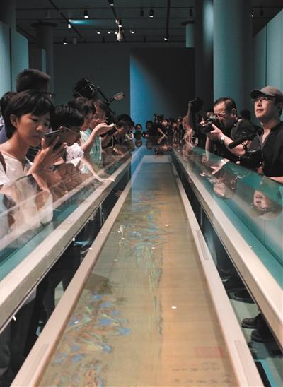 9月11日,《千里江山图》提前展示给媒体。 新京报记者 朱骏 摄