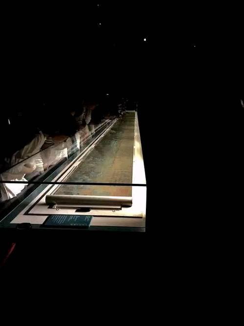 9月15日,《千里江山图》在故宫开展
