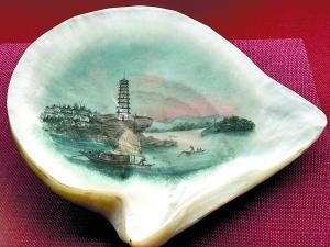 19世纪描绘珠江航道以及琶洲塔的珍珠母水粉画