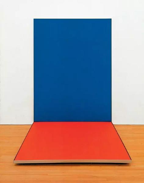 《蓝红》,1966年,205.7*152.4*205.7cm,2节连接面板,布面丙烯酸