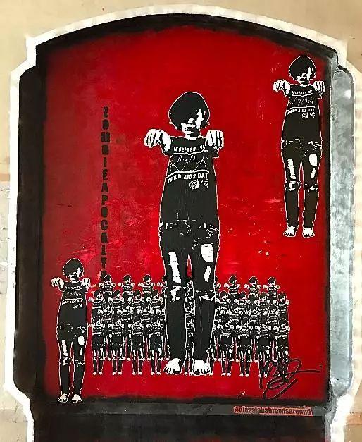 不少年轻艺术家都会在作品下面留下自己的INSTA账号求关注(photo by Wu Xiaoshuang)