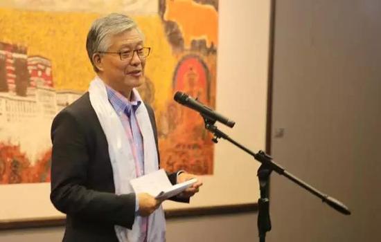 原国家博物馆副馆长陈履生先生主持开幕式