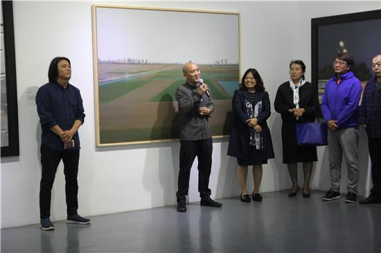 艺术家郝元峰先生开幕致答谢词
