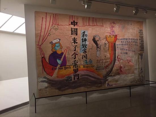 展览现场 (图为周铁海作品《中国来了个索罗门》)