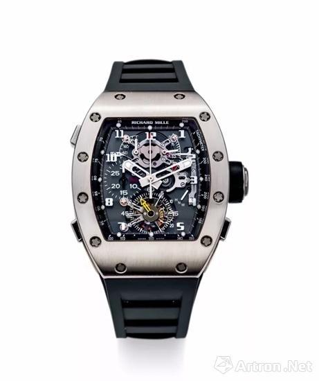 理查德・米勒 非常精致罕有,白金酒桶型镂空追针计时码陀飞轮腕表,备60小时动力储备及扭力显示,'RM008',年份约2006,附原厂证书及表盒 成交价:HK$ 2,832,000