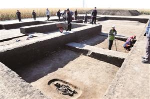 农安县永安乡五台山遗址考古发掘现场。 苑激刚 摄