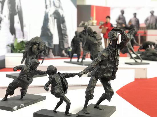 南京市《南京大屠杀纪念馆系列组雕》 吴为山