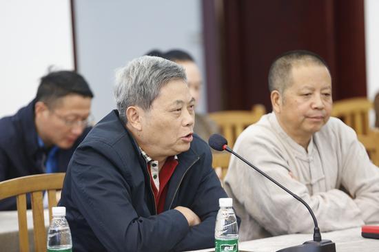 中国工艺美术大师曹亚麟发言