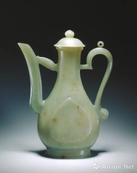 青玉执壶  明 北京故宫博物院藏品