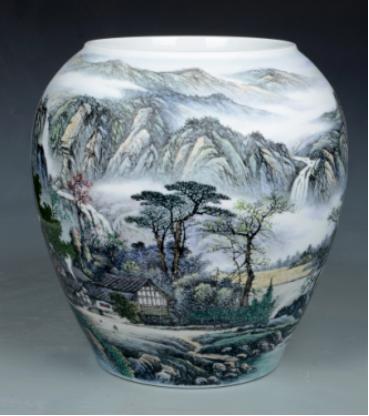 图二  《雲雾山中奇景多》瓷板  2010年创作