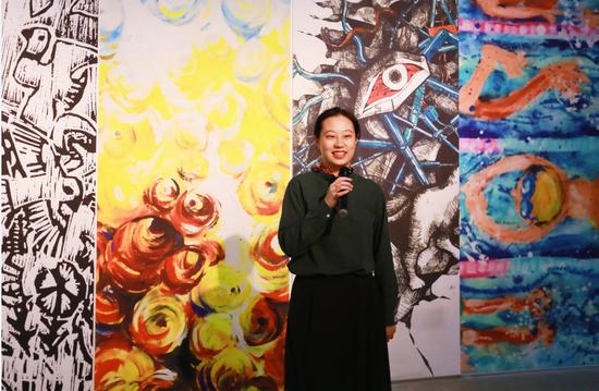 新美杯大赛组委会委员、上海新美术馆馆长助理  陈圣泉老师致辞发言