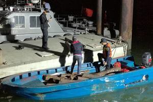 广州海关截获1吨小叶紫檀