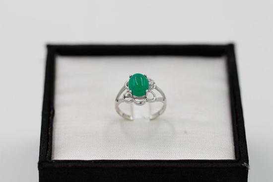 100元两件宝石戒指