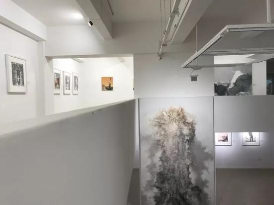 《被仪式化的真实——苏新平作品展》展厅2层