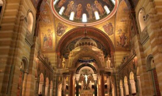 世界最大的马赛克集合—美国圣路易斯天主大教堂
