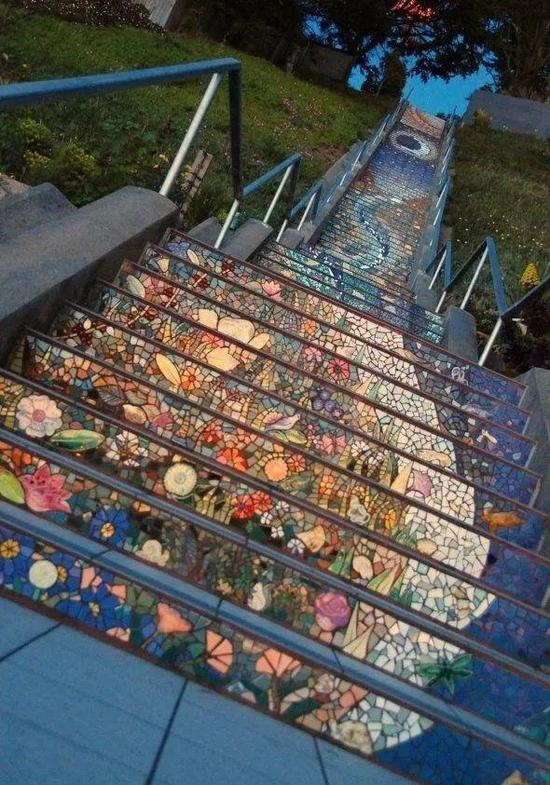 旧金山的秘密马赛克楼梯