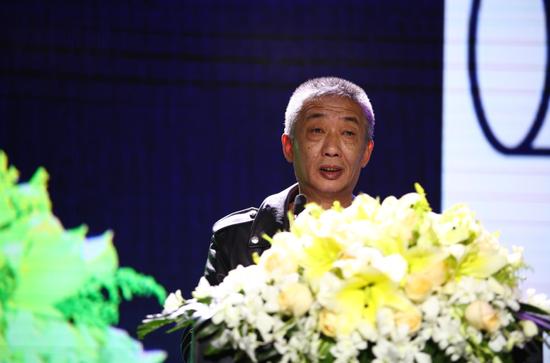 天津美术学院院长、党委副书记邓国源致辞