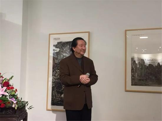 中国国家画院院长杨晓阳在开幕式上致辞