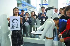 """机器人""""赛大千""""5分钟即可画出肖像画"""
