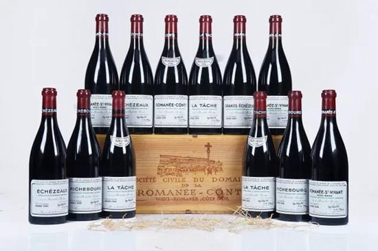 罗曼尼康帝套装1996   12瓶/12 bottles(OWC) 750ml   成交价:RMB 322,000