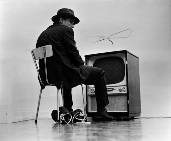 Joseph Beuys约瑟夫·博伊斯 《Filz 电视》《Filz tv》1969