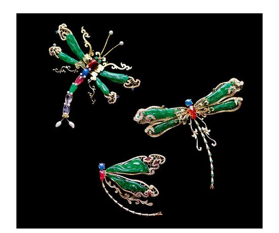 衣锦媚行 《蜓蜓玉立》 18K金镶嵌老翡翠多宝蜻蜓吊坠胸针两用款