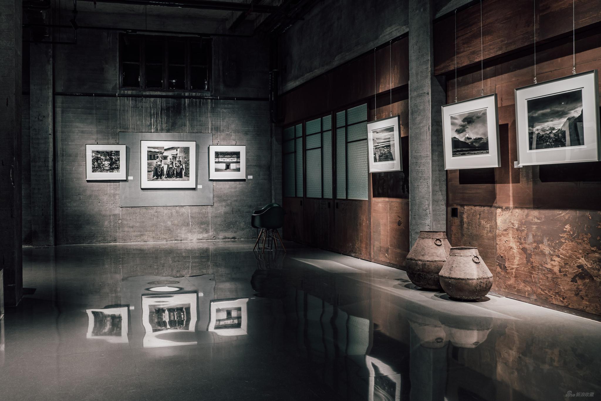 馮建國《藏香》大畫幅攝影展