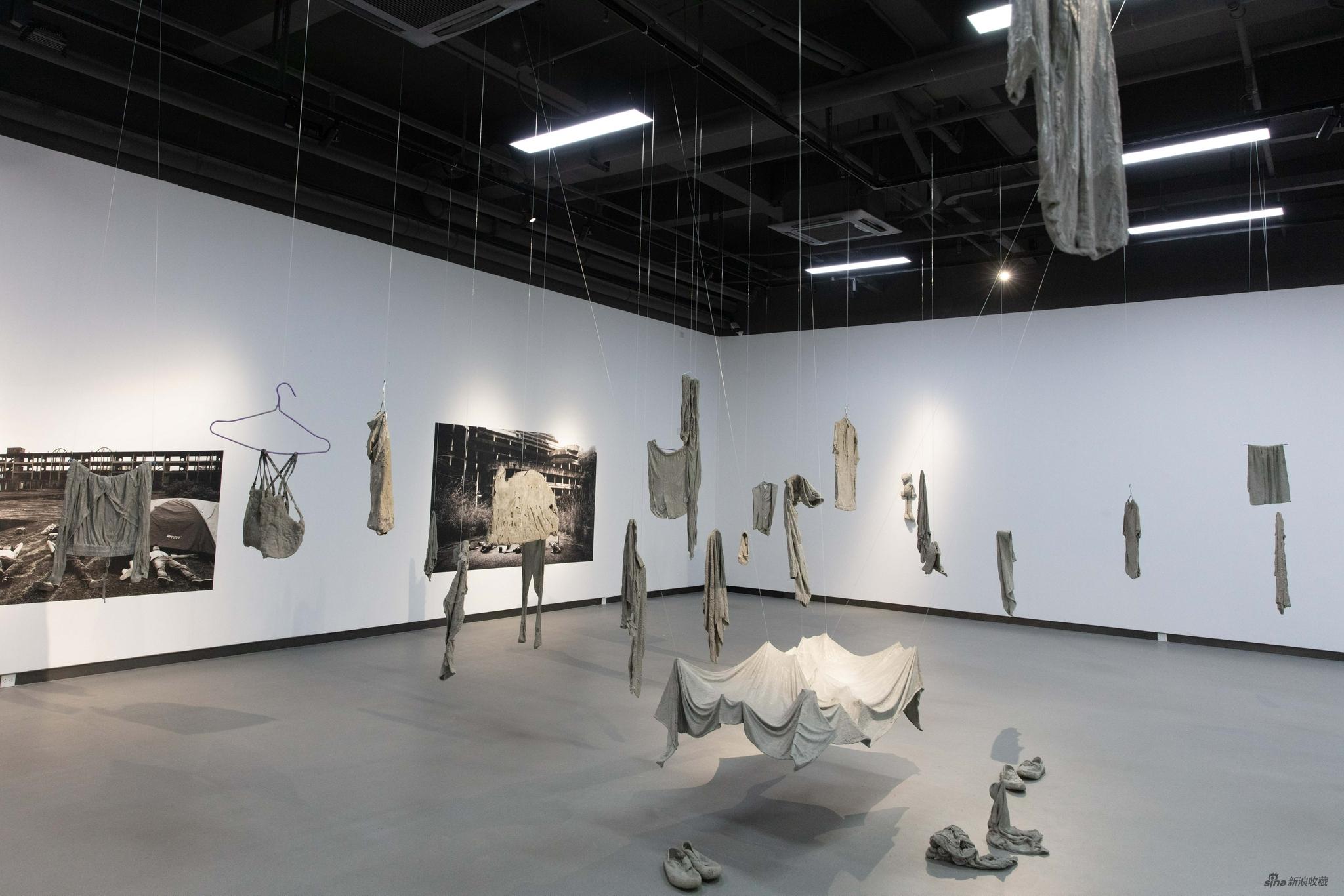 二打六小组 《重新雕塑系列作品》 综合材料(尺寸可变) 2016-2020