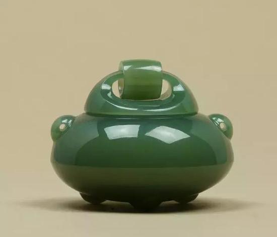 玉雕作品俄罗斯碧玉活环沉香炉被正式收录为大英博物馆馆藏作品