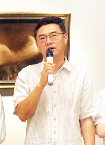 北京画院党委书记刘宝华