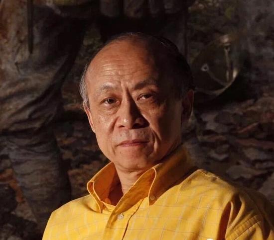 著名油画家 徐芒耀