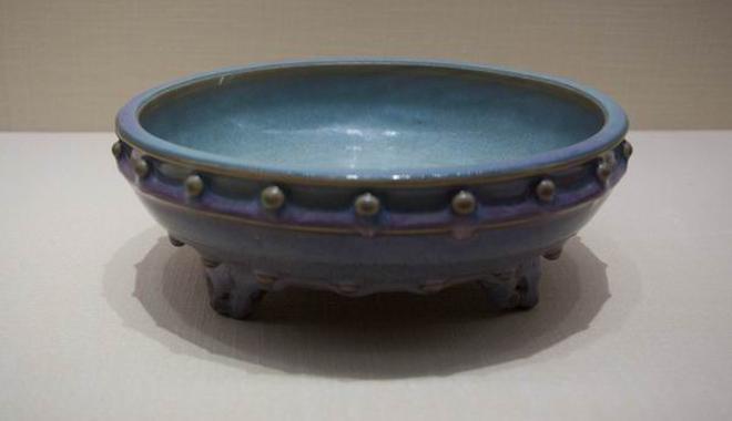 揭开明代御窑空白期的面纱:故宫展正统瓷器